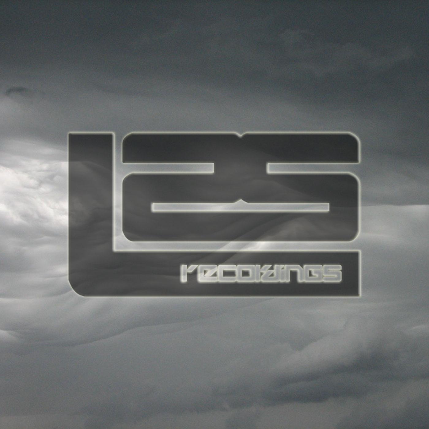 L2S079: Ollie Macfarlane - Grey Skies